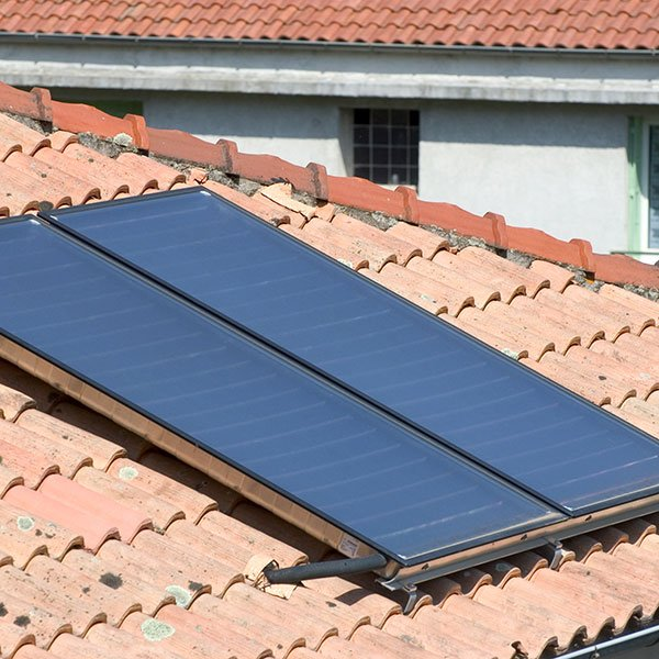 thermal solar panels on roof